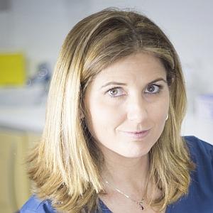 Dra. Beatriz Galindo Martens