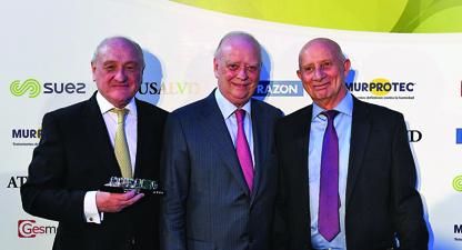 premio-medicos-hospital_moncloa